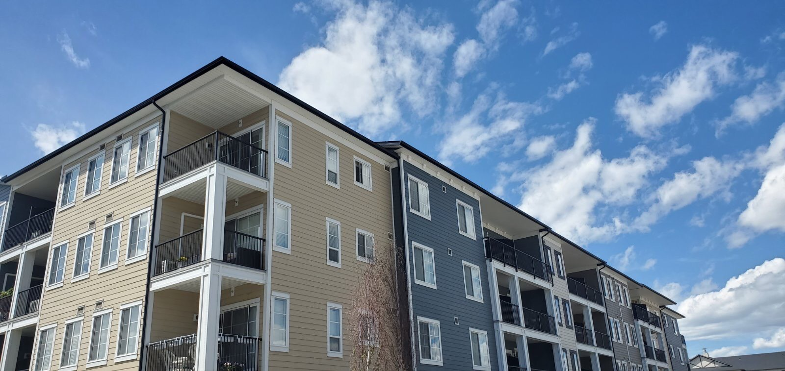 Multi-residential Hardie siding installation project in Sage Hill, Calgary