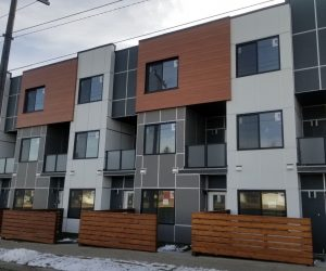 Aluminum and hardie panels siding on a townhouse